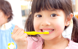 小児歯科の専門医による、確かな治療とメンテナンス